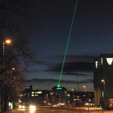 15_laser03